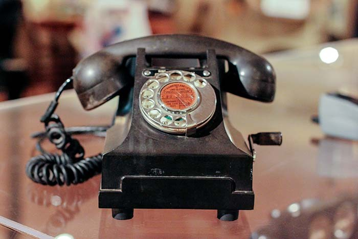 web-phone1